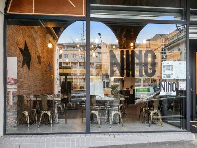 A partir du 19 Mai, nous disposerons de 16 places en terrasse: 0170687947. Retrait des commandes au restaurant jusqu'à 21h